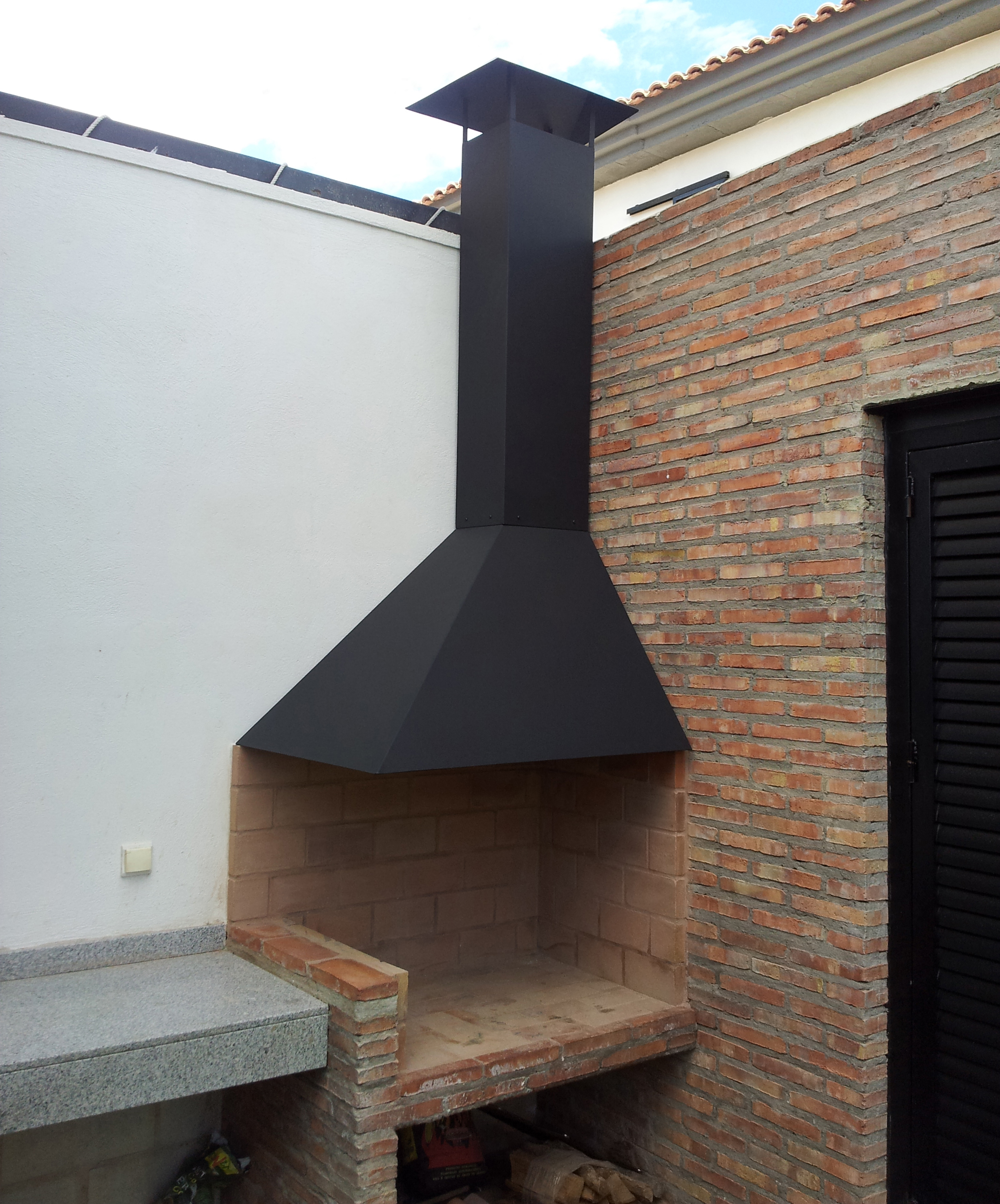 Decorar cuartos con manualidades campana metallica para barbacoa - Hacer chimenea barbacoa ...